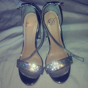 DSW women's heels Sz 7.5
